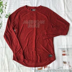 American Eagle Men's Red Active Graphic Tee Size M